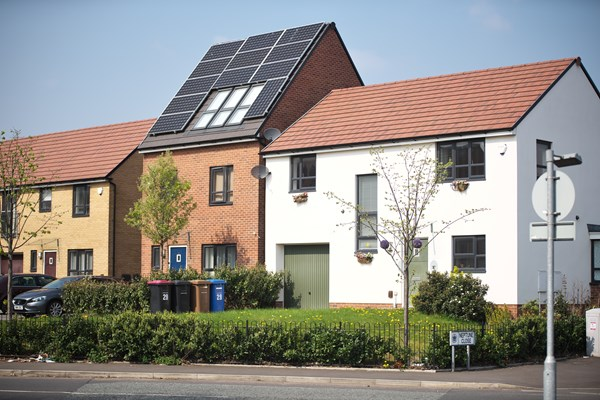 Retrofitting scheme extended to help residents save on bills with £10,000 grants